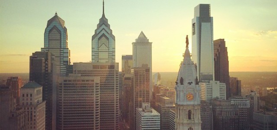 philly-skyline-by-mikeyil-640×336